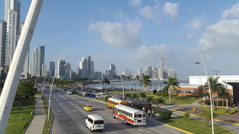 Atrévete a invertir en Panamá – Cómo abrir una empresa