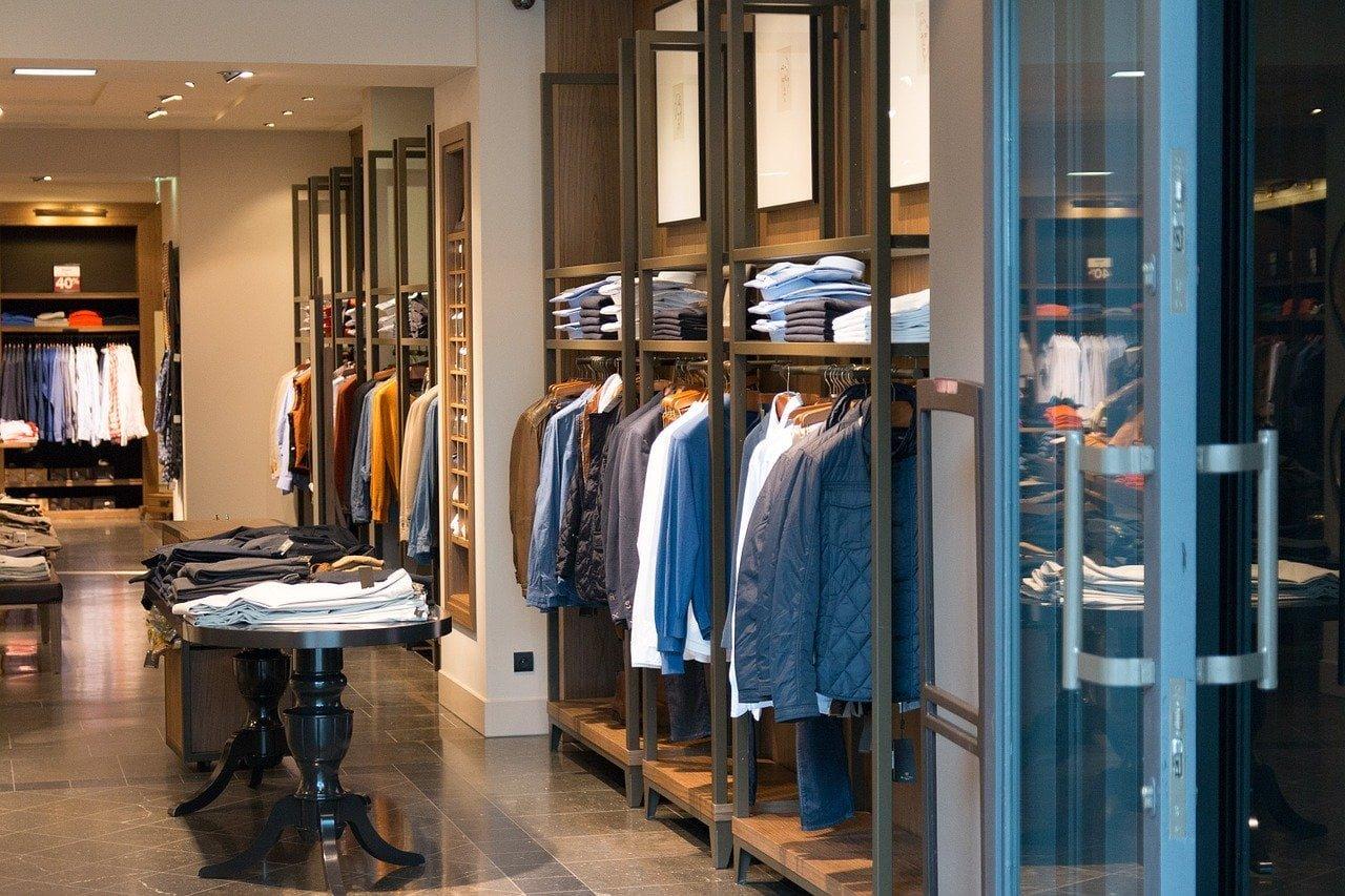 Medidas de prevención frente al covid-19 que debes tener en una tienda de ropa